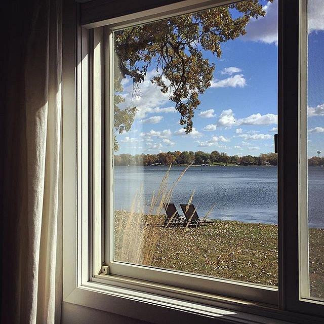 I'd be lying if I said I wasn't going to miss this view. #backontheroad #minnesota #newyork #family #window #view #lakeminnetonka #thisisnotnyc #usa #midwest