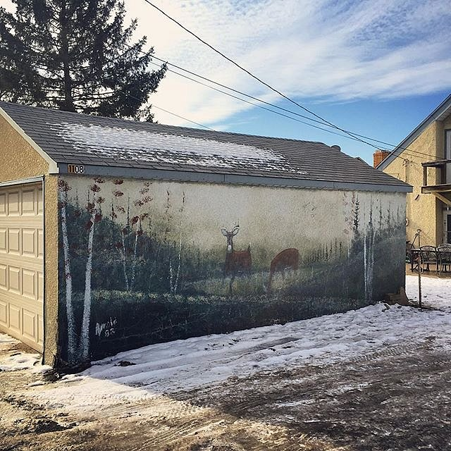 Classic Minnesota. #midwest #minnesota #usa #winter #garage #mural #deer