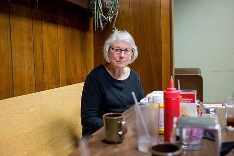 Recently retired, Mary Stacke has lunch at Clancy's Bar and Pizza Parlor in Jordan, Minnesota. November 25, 2015.