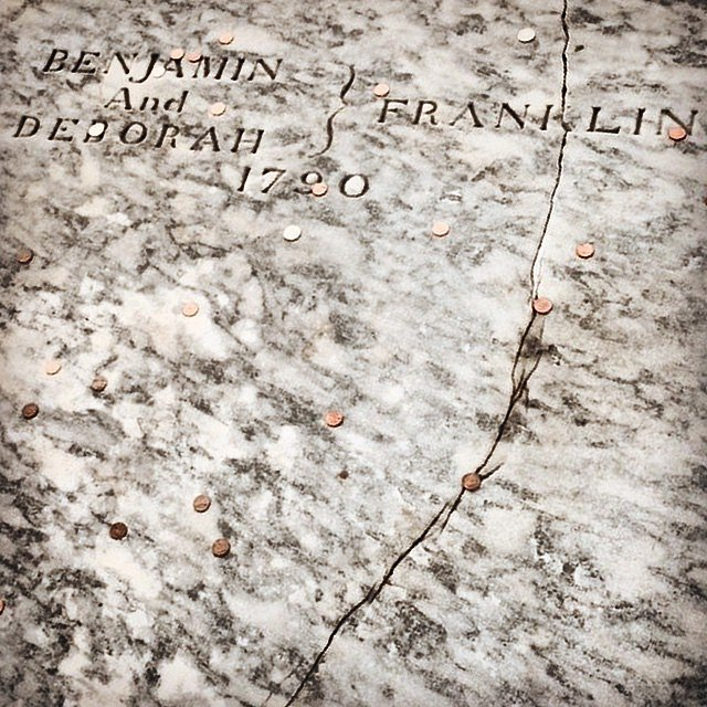 Ben Franklin's grave. #philly #usa #family #weekend #history #foundingfather