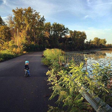 #errol #family #minnesota #midwest #usa #bikeride #lakeminnetonka