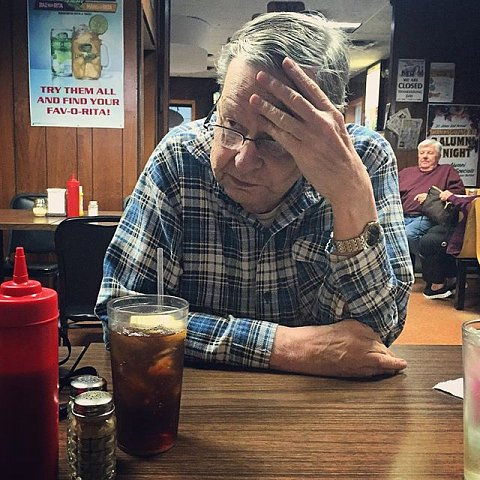 Great Uncle Paul, 80, caught in a thoughtful moment, of which he has many. But don't let this picture fool you, he's got the most wicked (aka dirty!) sense of humor around. Paul was a voice on MN radio for decades. Grateful to see this guy today. #family #minnesota #jordan #usa #grateful