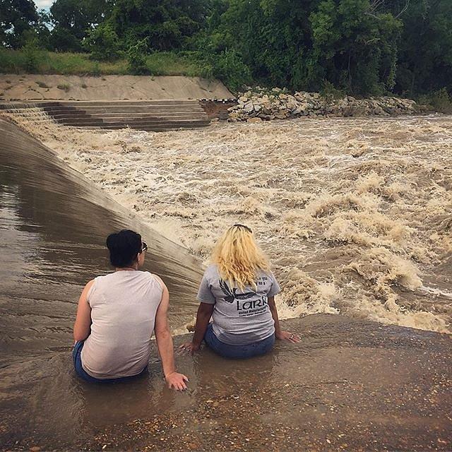 #texas #rain #waterfall #bosqueriver #bosquecounty #lookingforcowboys #evening