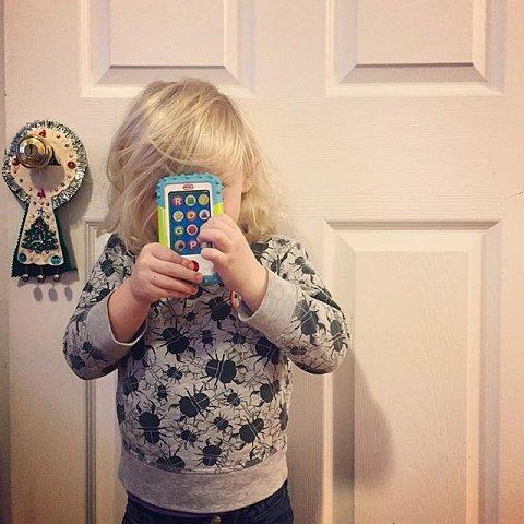 #generationalpha #iphone #errol #family #brooklyn #toyphone